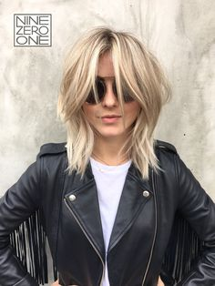 Love this new look on our beautiful #901girl @juleshough by @riawnacapri  #shag #901artist #juliannehough