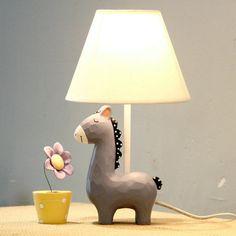 小马儿童台灯卧室床头可调节亮度台灯创意时...