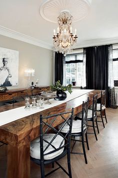 Love the table, chandelier and ceiling medallion