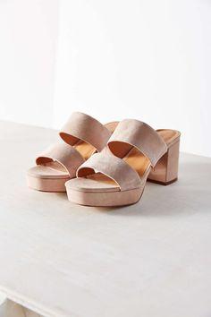 Julia Platform Heel