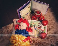 Newborn baby Disney Snow White photo shoot