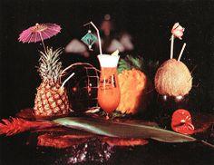 Arkiva Tropika - tropical cocktails spread!
