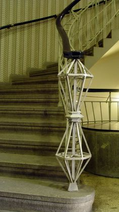Kubistické schodiště Cubist Architecture, Industrial Architecture, Architecture Details, Art Deco Furniture, Furniture Design, Modern, Contemporary, Serif, Art Deco Fashion