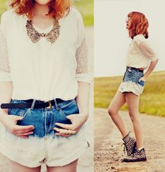 Romwe Gold Accessories, Chicwish White Shirt, Romwe Ombre Shorts, Dr. Martens Flowers Vintage Boots