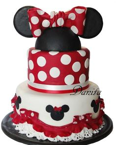 Torta Minni  per la mia principessa http://leleccorniedidanita.blogspot.it/2013/08/torta-minni-per-la-mia-principessa.html