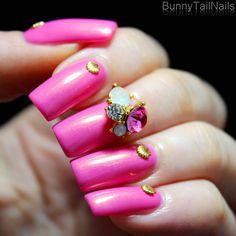 Saffron 59: BunnyTailNails: Sanna Tara Nail Art - Saffron 59 and 3D Diamonds