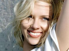 Scarlett Johansson Photo: This Photo was uploaded by Xemioli. Find other Scarlett Johansson pictures and photos or upload your own with Photobucket free. Scarlett Johansson Wallpaper, Scarlett Johansson Fotos, Pretty People, Beautiful People, Beautiful Women, Gorgeous Lady, Celebrity Smiles, Celebrity News, Kate Beckinsale