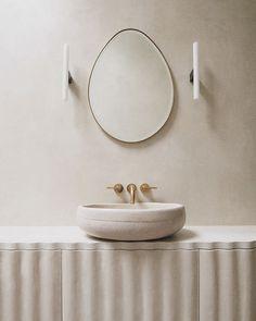 Residential Interior Design, Home Interior Design, Peg Tube, Tadelakt, Plaster Walls, Minimalist Interior, Beautiful Bathrooms, Interiores Design, Contemporary Furniture