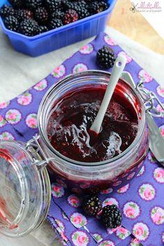 Feine Marmelade aus Brombeeren (ullatrulla backt und bastelt)