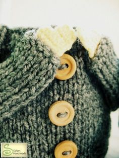 Awesome - Cute sweater cup warmer - by Schen <3