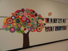 This teacher created this tree by herself, complete with pictures of famous artwork in the middle of circles.