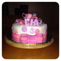 3 years old Girl birthday cake Loop bow cake CakeCandy