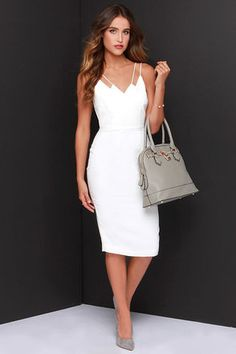 My, my, my! We have never laid eyes on a dress quite as lovely as the Keepsake Skinny Love Ivory.