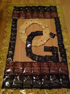 Haha so creative! Chocolate Lovers, Hot Chocolate, Coffee Love, Coffee Cups, Chinese Herbs, My Bar, Coffee Pictures, Coffee Tasting, So Creative