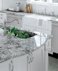 If you are looking for Granite Kitchen Countertops Ideas, You come to the right place. Below are the Granite Kitchen Countertops Ideas. Grey Granite Countertops, Granite Kitchen, White Kitchen Cabinets, Kitchen Redo, Kitchen Backsplash, New Kitchen, Glass Countertops, Awesome Kitchen, Backsplash Ideas