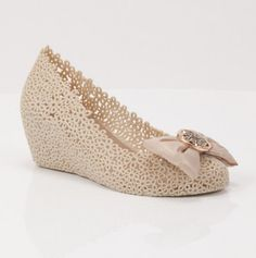Fame Wedge - white jelly lace