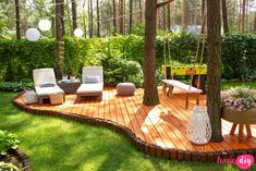 Do you have a deck in your backyard? Backyard Patio Designs, Small Backyard Landscaping, Backyard Projects, Outdoor Projects, Backyard Retreat, Outdoor Decor, Diy Projects, Beautiful Gardens, Outdoor Gardens