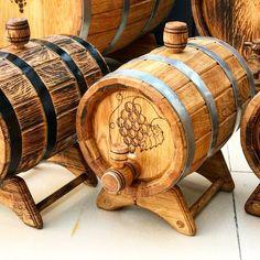 Viernes Gif, Red Barns, Decor Ideas, Disney, Barrel, Wooden Crafts, Ideas For Drawing, Modular Homes, Disney Art