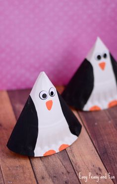 Rocking Paper Plate Penguin Craft - Easy Peasy and Fun Animal Crafts For Kids, Craft Activities For Kids, Preschool Crafts, Kids Crafts, Craft Ideas, Preschool Ideas, Paper Plate Art, Paper Plate Crafts, Paper Plates