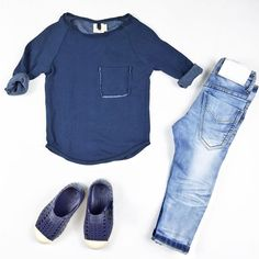 💙 mini style ideas with our super soft organic Nico Nico raglan, I Dig Denim Alabama blue jeans and Native Shoes. Available now : www.hipkin.com.au #hipkin #hipkinkids #niconico #idigdenim #nativeshoes #ministyle #blue #kidsfashion 💙