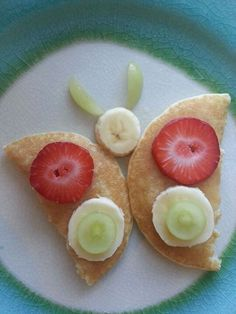 Best Breakfast ideas for toddlers - Mikela Memoirs Cute Snacks, Lunch Snacks, Cute Food, Healthy Snacks, Good Food, Yummy Food, Healthy Recipes, Lunches, Delicious Desserts