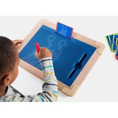 Lovely drag and click action. Create a silvery trail behind your wand as you copy the design card's suggested patterns or go freestyle. Sensory Art, Sensory Toys, You Draw, Card Patterns, Creative Thinking, New Toys, Educational Toys, Design Your Own, Geometric Shapes