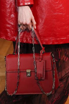Valentino Spring 2017 Ready-to-Wear Accessories Photos - Vogue