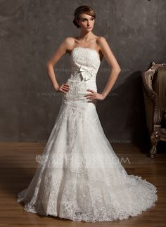 A-Line/Princess Strapless Court Train Organza Wedding Dress With Appliques Lace Bow(s) (002014958) - JJsHouse
