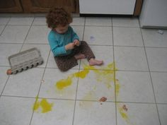 Enfant fait la cuisine