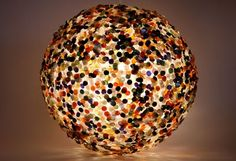 WOW! GREAT website about BUTTON crafts :)