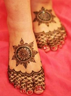 New Bridal Mehndi Designs For Feet-01