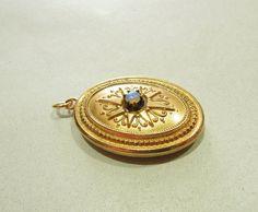 Anhänger Medaillon Historismus Opal Golden ! ! !