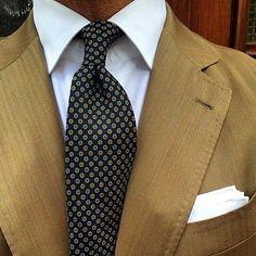 #suits #mensuits #fashion #mensstyle #style #menswear #dapper #suit #inspiration #suitup #sartorial #highfashionmen #mensfashionpost #bespoke #detail #sprezza #sprezzatura #bespoketailoring #mensfashion #tailored #classic #vintage #nofilter #gentlemen #dandy #shoes #craftsmen #luxury #class #elegance