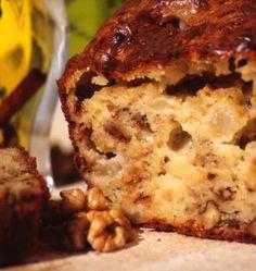 Cake au roquefort, aux poires et aux noix - Recettes de cuisine Ôdélices