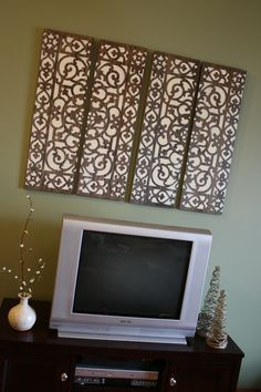 Do it yourself wall art! I love this idea! What a fantastic way to make a great piece for any room and to match any color scheme! Great Tutorial