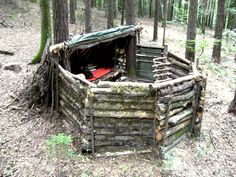 Nice DIY Shelter and Hunting Camp Homesteading  - The Homestead Survival .Com