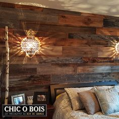 For a barn wood wall cladding, a barn wood furniture or . Rustic Bedroom Design, Rustic Design, Wooden Barn, Wood Pallet Furniture, Farmhouse Remodel, Wood Headboard, Wall Cladding, Home Hacks, Wood Wall