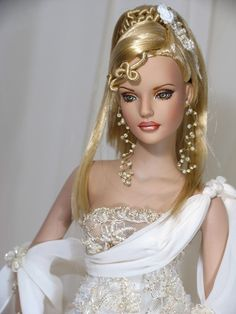 What a hairstyle for this Barbie