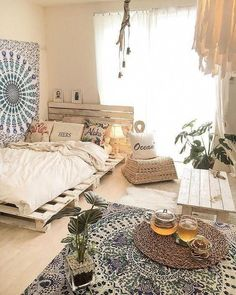 Here are the Minimalist Bedroom Decor Ideas. This post about Minimalist Bedroom Decor Ideas was posted under the Bedroom category by our team at January 2019 at am. Hope you enjoy it and don't forget to share this . Cute Bedroom Decor, Bohemian Bedroom Decor, Boho Room, Diy Home Decor, Bedroom Ideas, Bedroom Designs, Hippie Bedrooms, Bohemian Decor, Wall Decor