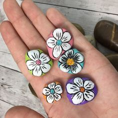 Hand painted garden rocks fairy garden by SJTArtDesigns on Etsy Plant Painting, Pebble Painting, Pebble Art, Stone Painting, Painted Garden Rocks, Painted Rocks Craft, Rock Painting Patterns, Rock Painting Designs, Rock Flowers