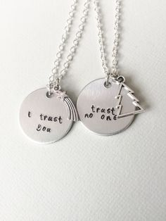 Gravity Falls necklaces - Mabel and Dipper - I trust you! Trust no one!