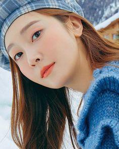 Jessica jung for amuse winter collection Jessica & Krystal, Krystal Jung, Yoona, Snsd, Celebrity Couples, Celebrity Photos, Girls Generation, Jessica Wonderland, Jessica Jung Fashion
