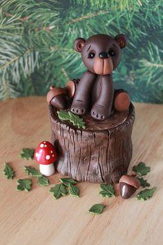 Fondant Cupcake Toppers, Birthday Cake Toppers, Cake Dutchess, Tree Stump Cake, Woodland Cake, Kids Clay, Cake Topper Tutorial, Tree Cakes, Animal Cakes