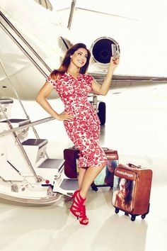 Kelly Brook shows off world's first 'selfie suitcases'