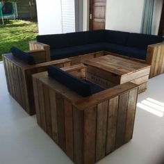 Something Different and Unique-Beautiful Handmade Pallet Furniture in Gordon's Bay image 1 Home Bar Furniture, Hallway Furniture, Couch Furniture, Dining Room Furniture, Pallet Furniture, Outdoor Furniture Sets, Dining Room Suites, Lounge Suites, Pallet Lounge