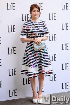 Waist Skirt, High Waisted Skirt, Jung So Min, Seoul Fashion, Skirts, Moon, Style, Korea, Actresses