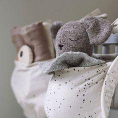Commandez le Hochet d'activité ours vintage rétro KONGES SLOJD l little-home.fr. Découvrez les Jeux Jouets design coton Bio pour l'éveil de bébé. Stimulez votre enfant, Montessori. Paiement sécurisé.