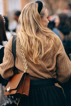 Chic and stylish way to style headbands for spring #howtochic #howtowear