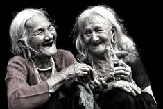 32 Stunning Photos from 2013 Sony World Photography Awards World Photography, Photography Awards, People Photography, Just Smile, Smile Face, Wise Women, Old Women, Jolie Photo, People Of The World