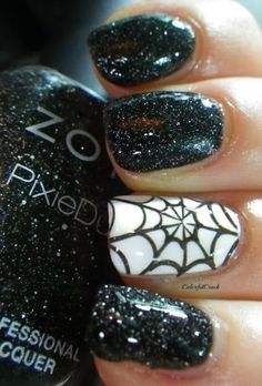 30 brilliant Halloween nail art ideas - Cobwebs and sparkles